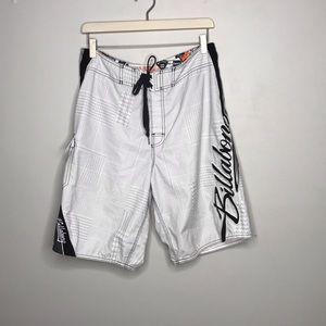 Billabong White & Multicolor Board Shorts Size 33